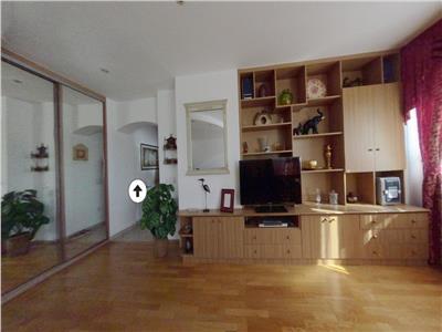 Apartament 3 Camere Decomandat / Calea Dorobanti / 10 minute metrou / Etaj 3/10